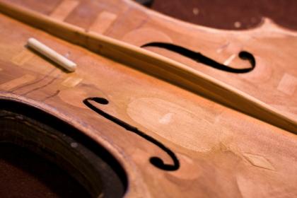 violinshop_bysarahtew07