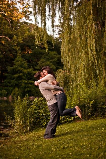 14_Luke&Anna_CentralPark_engagement_portraits_NYC_sarah_tew_photography_wedding_blog184Luke&Anna_EngagementPortraits_bySarahTew
